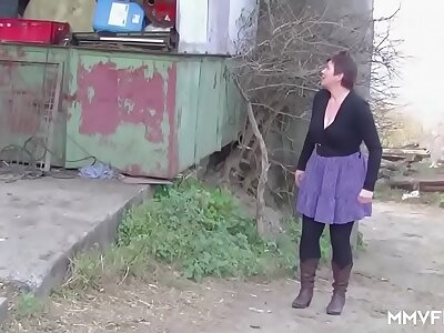 German Redhead Granny enjoys a Countryside Crave