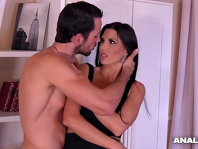 Anal inspectors orgasm instantly when Alexa Tomas squirts during ass be captivated by