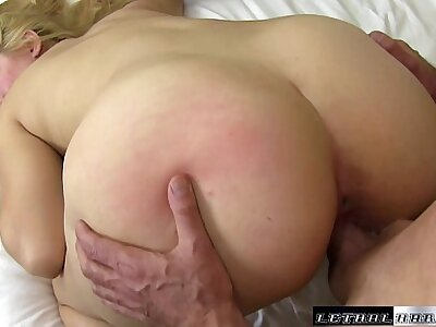 Blonde Willow Devine sucks get under one's cum relish in the brush stepbros cock